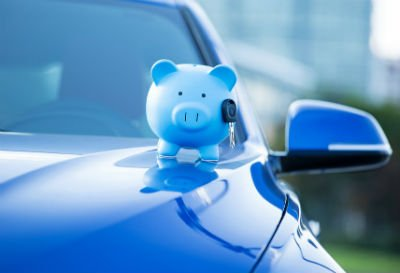 Цены на автомобили рубль падает а стоимость растет