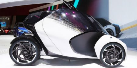 Концептуальный автомобиль Тоёта i-TRIL получил джойстик вместо педалей