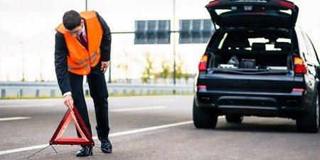 ВРяжске работники ГИБДД раздавали водителям светоотражающие жилеты