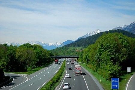 В Австрии разрешат электрокарам ездить быстрее, чем остальным